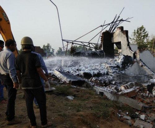 At least 25 die in India fireworks factory explosion