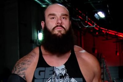 WWE Raw: Braun Strowman, Sami Zayn battle