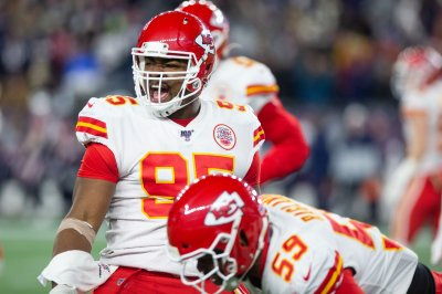 Kansas City Chiefs list Chris Jones, Travis Kelce as questionable vs. Texans