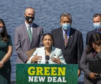 Progressive Democrats reintroduce the Green New Deal