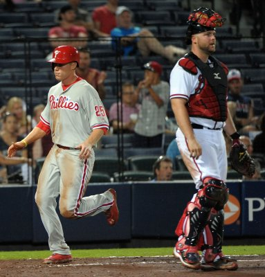 Phillies score 14 runs in opening day against Rangers
