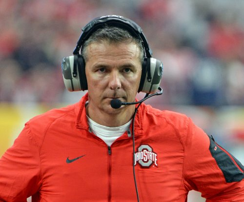 Urban Meyer motivates Ohio State Buckeyes, singles out LeBron James
