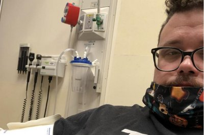 'American Idol' alum Chris Sligh diagnosed with pneumonia amid COVID-19 battle