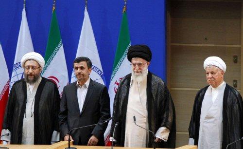 Khamenei says goodbye to Ahmadinejad