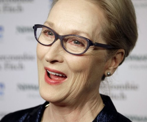 Meryl Streep pens personal letter to all members of Congress