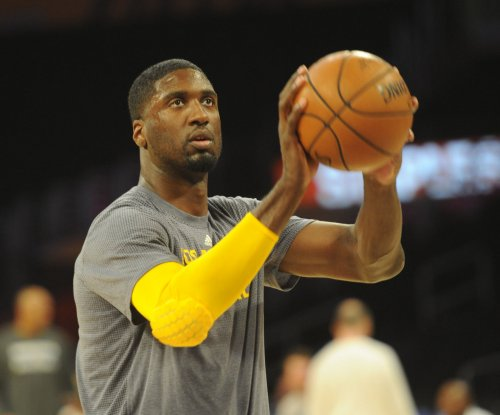 Roy Hibbert agrees to deal with Charlotte Hornets