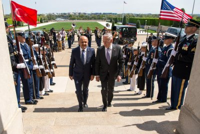 U.S. faces difficult task in developing a new Syria strategy