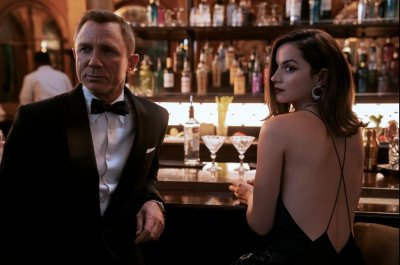 'No Time to Die': Daniel Craig, Ana de Armas join forces in new trailer