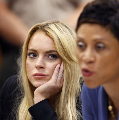 Lohan hires lawyer Robert Shapiro