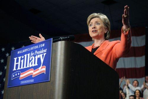 New Clinton ad questions Obama lock