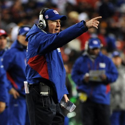 Giants give Coughlin contract extension