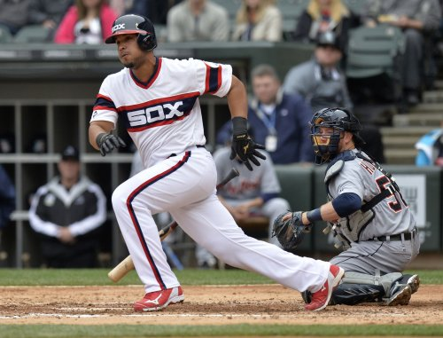 Abreu powers White Sox past As