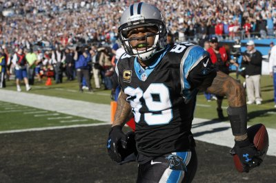 Panthers inducting Steve Smith, Jake Delhomme, two others into Hall of Honor