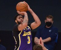 Lakers star Anthony Davis to return Thursday vs. Mavericks