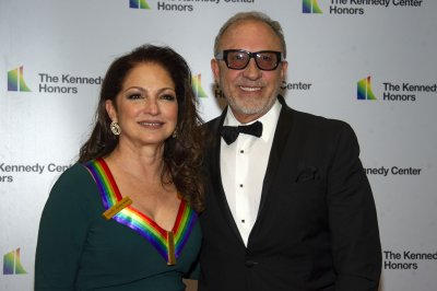 Gloria Estefan joins Andy Garcia in 'Father of the Bride' remake