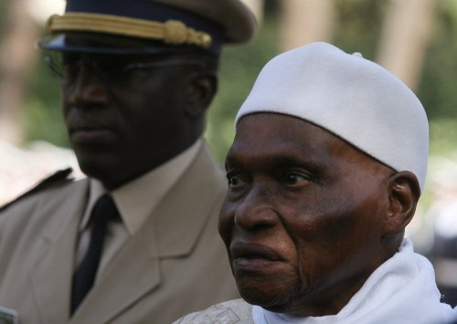 Senegal election heads to second round
