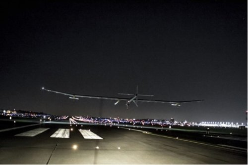 Solar plane on cross-country trek lands in St. Louis