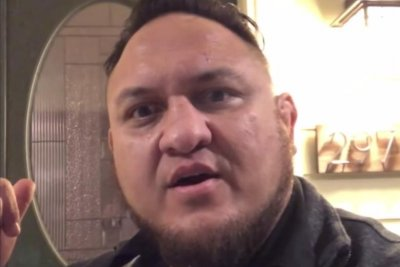 WWE Smackdown: Samoa Joe invades AJ Styles' home