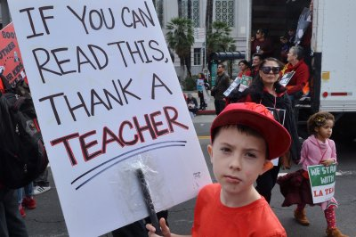 LA schools reach tentative deal with union; teachers could return Wednesday