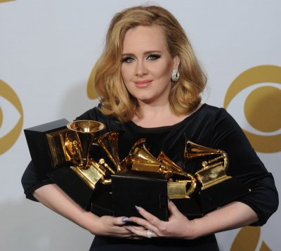 Adele's '21' sells 10M copies in U.S.