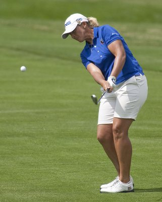 Three-way LPGA tie for first in Singapore
