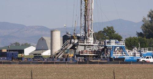 U.S. oil imports dip
