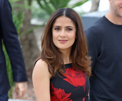 Salma Hayek criticizes Donald Trump's comments on Mexicans
