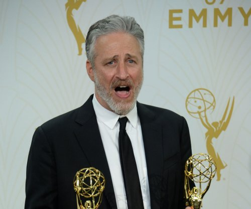 Jon Stewart brings Donald Trump mimic to 'The Late Show'