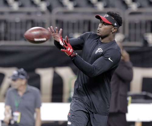 Atlanta Falcons hope Julio Jones can catch a playoff berth