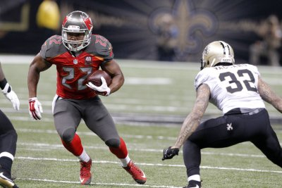 Tampa Bay Buccaneers RB Doug Martin to miss preseason game