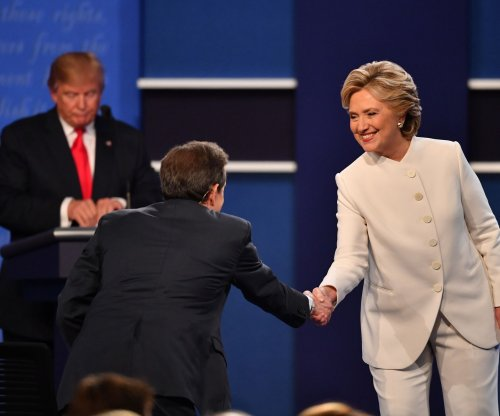 Polls: Hillary Clinton defeats Donald Trump in final debate