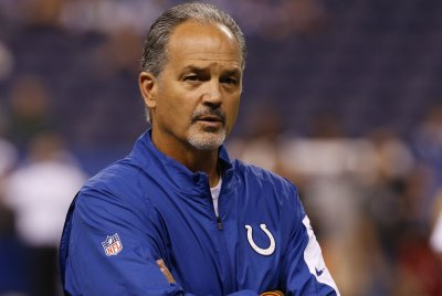 Jim Irsay: Indianapolis Colts' coach, GM 'clicking on all cylinders'