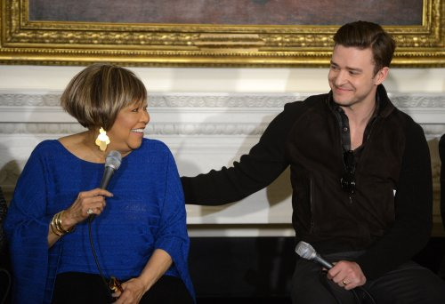 Timberlake's '20/20' holds at No. 1 on the U.S. album chart