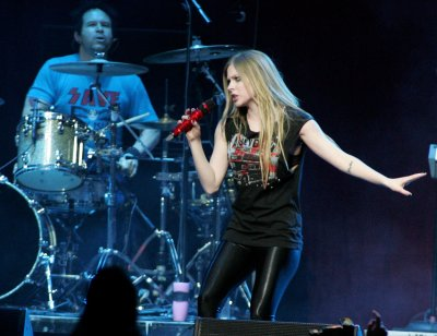 Report: Lavigne and Jenner break up