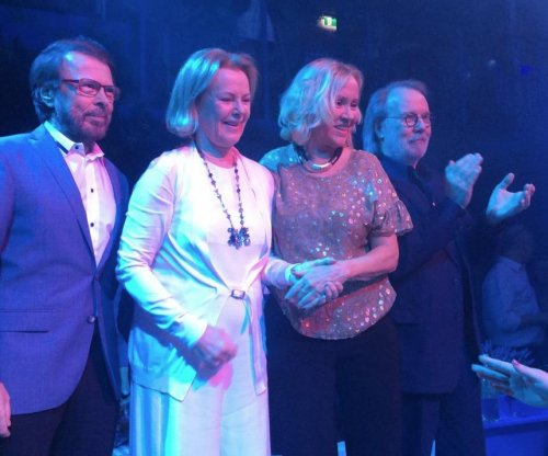 ABBA reunite at 'Mamma Mia' themed restaurant