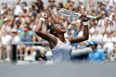 Australian Open: Cori Gauff advances to face Naomi Osaka; Serena rolls