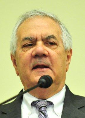 Rep. Frank won't seek re-election