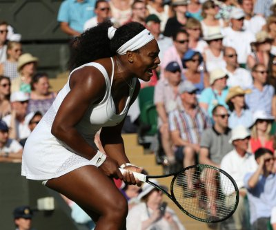 Serena Williams beats sister Venus at Wimbledon