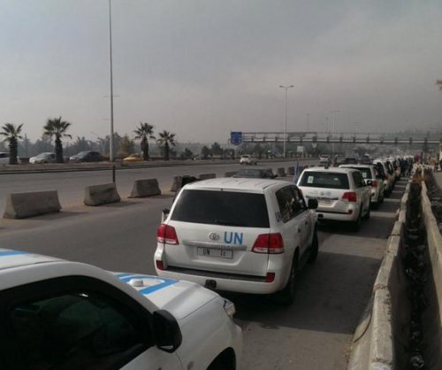 Humanitarian convoy on way to deliver aid to starved Syrian town of Madaya
