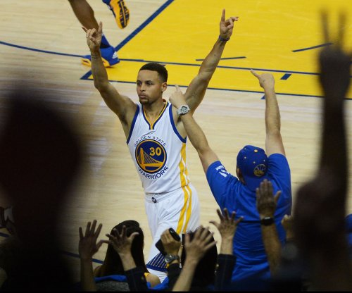 Golden State Warriors' Stephen Curry hits 400th 3-pointer of season