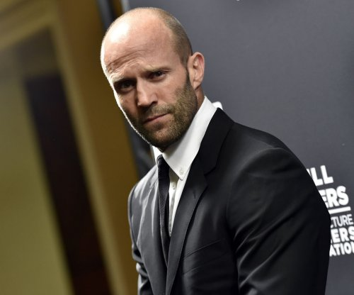 Jason Statham signs on to dinosaur film 'Meg'