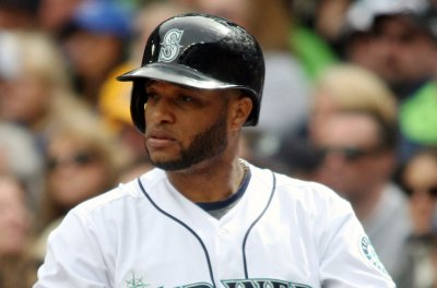 Robinson Cano leads Seattle Mariners past Houston Astros