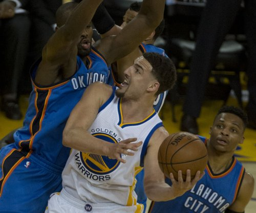Klay Thompson's record spree has Golden State Warriors in position to finish comeback