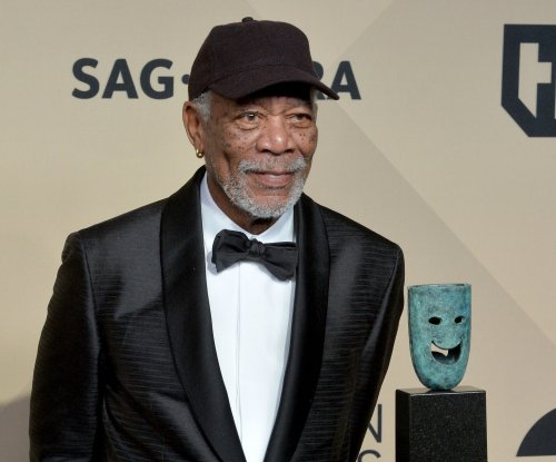 Morgan Freeman apologizes following sexual harassment allegations