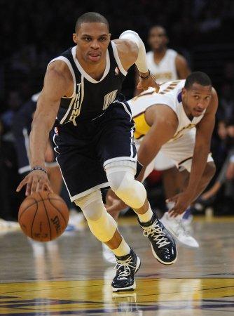 Thunder's Westbrook out indefinitely with knee injury