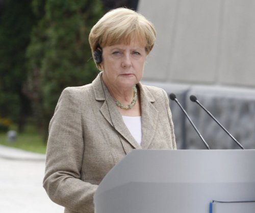 Merkel throws more shade at Putin, but sides with Russia against Ukraine entering NATO