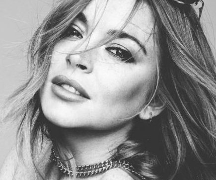 Lindsay Lohan goes topless for Hunger magazine