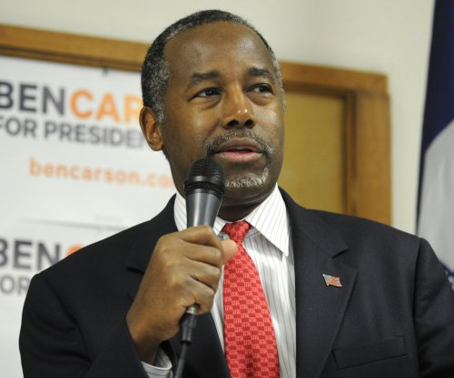 Carson scraps Iowa events after campaign-involved van crash; Volunteer dies from injuries