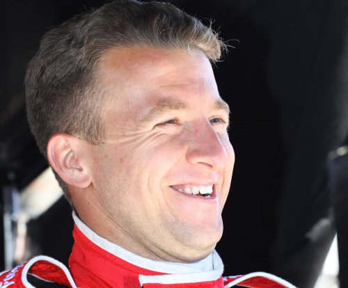 A.J. Allmendinger's car leads Rolex 24 at 5-hour mark