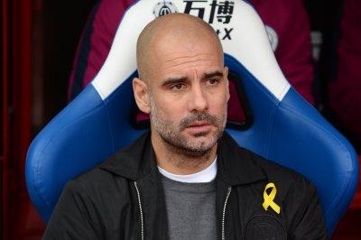 Leicester City upsets Manchester City on Pereira screamer
